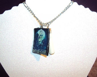 Living Dead Girl Glow In The Dark Necklace
