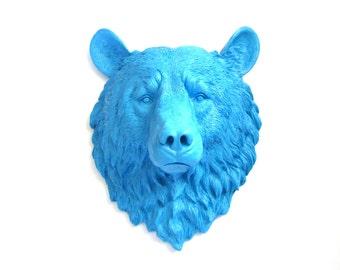 PERIWINKLE BLUE Faux Taxidermy Large Bear Head Wall Hanging/Wall Mount in Periwinkle Blue // kids room / office // faux bear // blue nursery