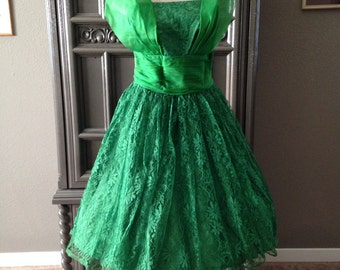 50s Kelly Green Lace JR. THEME Halter Drape Cupcake Party Dress