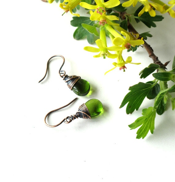 Emerald green earrings -  glass teardrop dangles copper wire wrapped