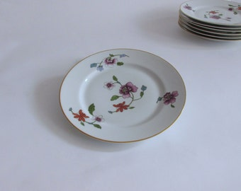 Royal Worcester Astley Dinner Plate. Gold Trim. Floral Sprays. Oven to Table Ware. England.