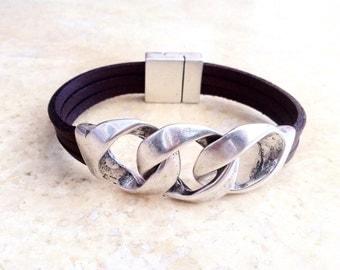 Leather bracelet. mens Leather bracelet. leather bracelet for mens. unisex bracelet. Chain bracelet