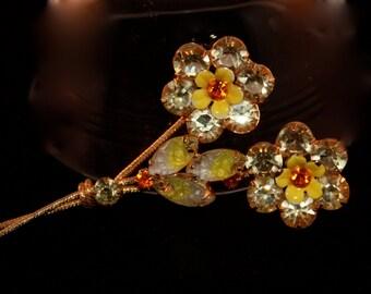 Vintage Brooch flower bouquet