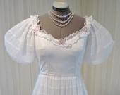 Vintage European Country BoHo Pleated Plisse White Wedding Dress