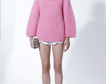 KNITTING FASHION TRENDS Exclusive Knitting Sweater - made to order