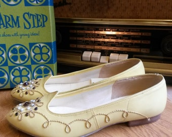 Sale....1950's Flat Yellow Bejeweled Shoes - VLV, Rockabilly