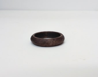 US 9 Walnut Wood Ring Laser Cut