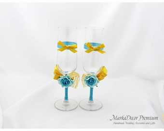 Wedding Bridal Glasses Ceremony Goblets Photo Shoot Glasses in Ivory, Yellow and Turquoise
