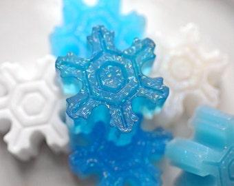 6 Mini Snowflake Soaps / Party Favors