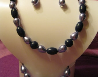 NAVY and LAVENDER BEADS Jewelry Set