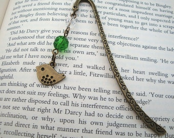 Beaded bookmark bird charm in antique bronze green beads vintage style
