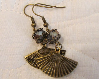 Victorian Purple Fan Earrings (E28)