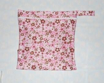 Cloth Diaper Wet bag  ( You choice fabric)