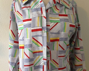 Vintage 1970s womens funky striped long sleeve button up shirt size Medium