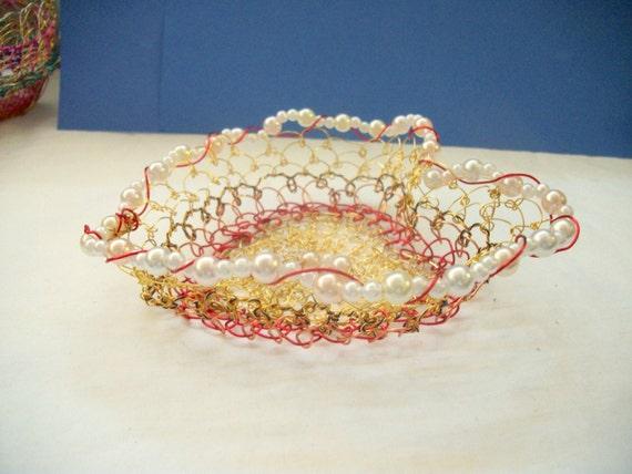 Handmade Heart Basket : Wire weaving handmade heart shaped by barbswirecreations