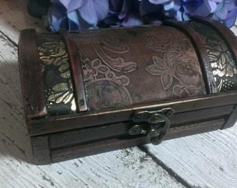 Rustic wedding ring box, vintage wedding, ring pillow alternative, country wedding