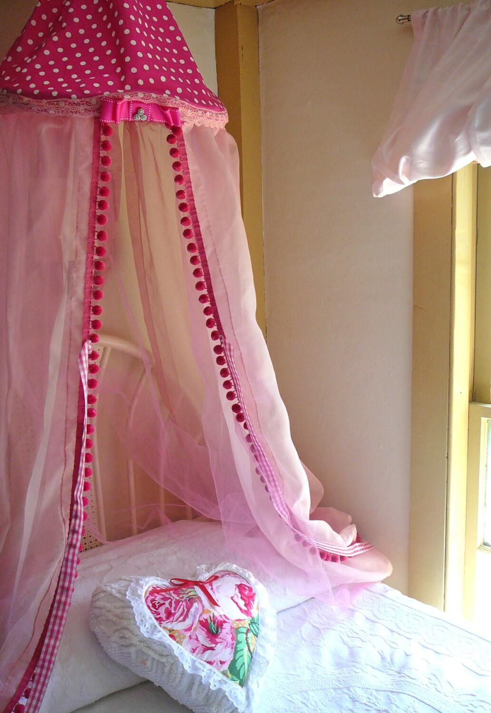 kinder zelt baldachin spiel zelt baldachin bett baldachin. Black Bedroom Furniture Sets. Home Design Ideas