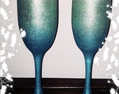 2 Hand painted glitter champagne flutes/champagne glasses/wedding toast flutes/ hand painted/blue ombre/ blue and green/ peridot