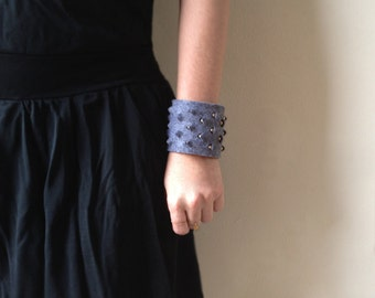 Fabric Cuff Bracelet, Felt Bracelet, Handmade Bracelet, Rock Jewellery, Gray Felt Statement Bracelet, Steampunk Jewelry, Steampunk Cuff
