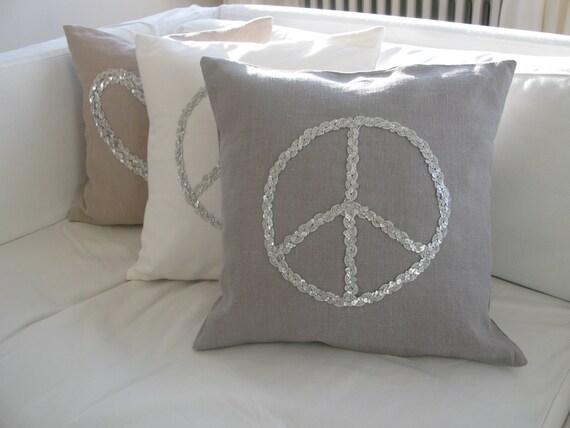kissen peace pailetten. Black Bedroom Furniture Sets. Home Design Ideas