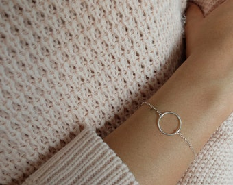 Constance (smooth) - minimalist modern geometric circle sterling silver bracelet