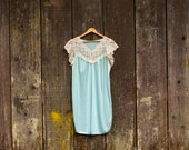 70's Lace Farm Nightgown // Women's / Med