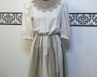 1960's Linen Scoop Neck Day Dress by Sherri Classics, Size Medium , Vintage 1950's Linen Pin Up Dress with Bib, Mad Men Summer Dress