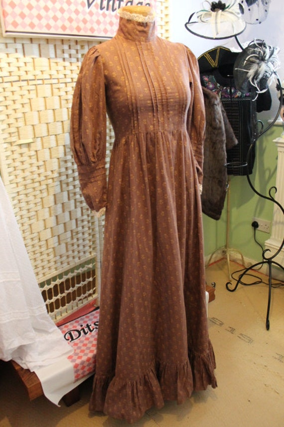 Laura Ashley Brown Victoriana Prairie Dress 1970s Size 8