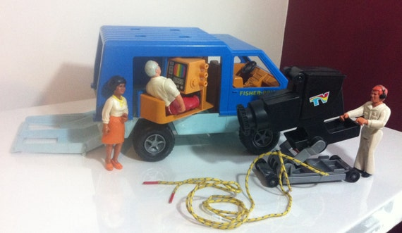 Kids Toys Action Figure: Fisher Price Vintage Adventure People Mobile TV Unit News