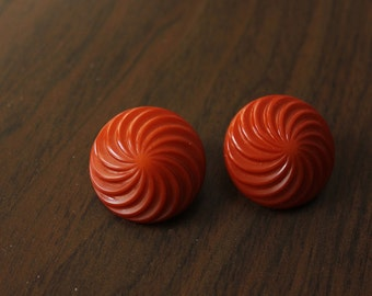 Earring clip brown