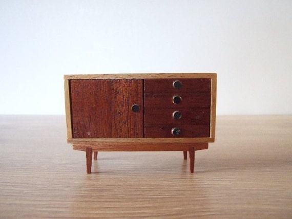Mueble aparador a os 60 miniatura mueble estilo n rdico - Muebles anos 60 ...