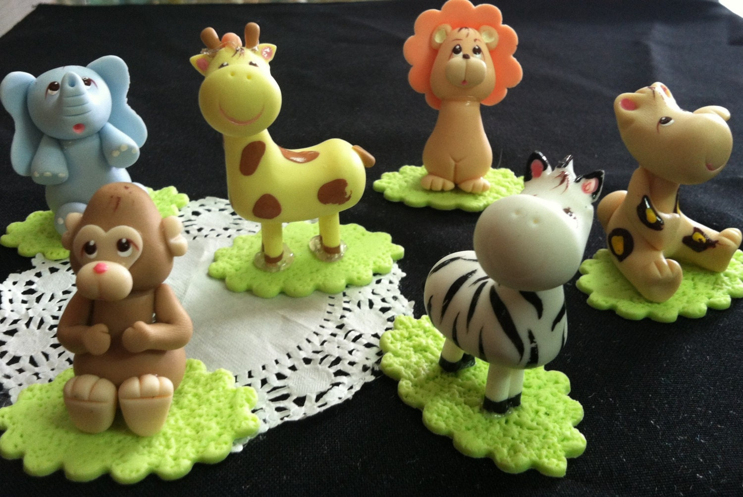Safari animals cake topper baby animal baby by for Animal cake decoration