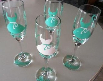 Personalized Wedding Glass, Bride and Bridesmaid Champagne Glasses, Wedding Party Glasses,