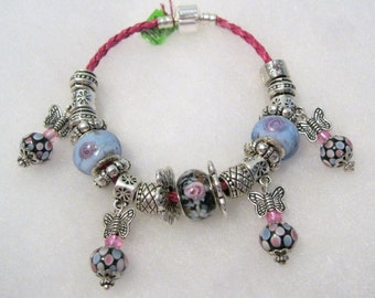 274 - Periwinkle and Black Dangle Bracelet