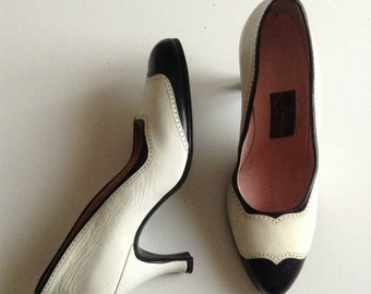 1950s black and white leather brogues pumps