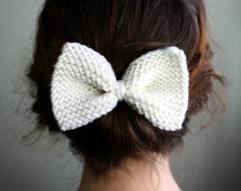 Little Knit Bow in Off White