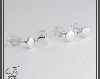 Minimalist Earrings, Flat Earrings, Disc Earrings,Dot Earrings, Post Earrings, Stud Earrings, Silver Earrings,Handmade Earrings, 4mm
