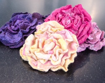 Felted Rose  Brooch. Made with merino wool, silk and plant fibers