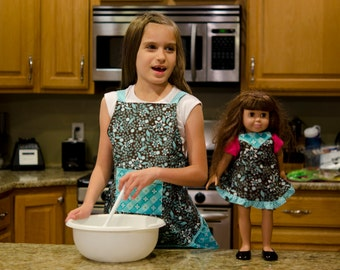 "Doll Apron for 18"" doll, Also available in matching Girls Apron, Brown and Turquoise"