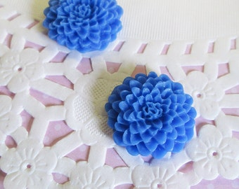 Blue 25mm Chrysanthemum Flower Cabochons, Lovely Flower Cabs, E256