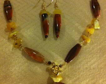 Cool Yellow Amber and Seashell Necklace