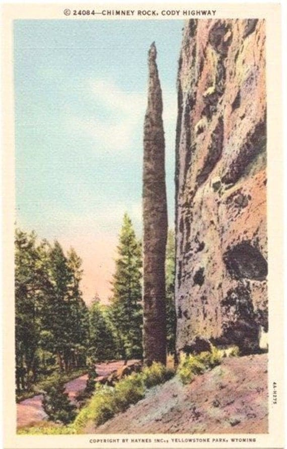 Vintage Wyoming Postcard - Chimney Rock and Cody Highway to Yellowstone National Park (Unused)