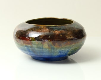Small Round Ikebana Pot