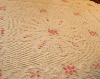 Vintage Chenille Bedspread White Flowers Pink Full