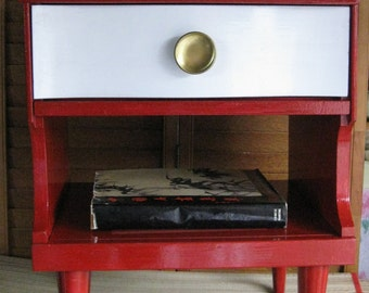 Nightstand Jazzy P O P P Y Modern Accent Table Vintage Poppy Cottage Painted Furniture