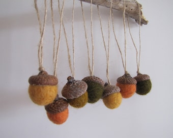 Acorn Ornaments, Waldorf Easter, Spring Easter Ornaments, Fairy Tree Ornaments, Woodland Wedding Favor, Moss Green, Orange, Yellow, RUSTIC