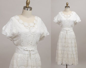 1970's crochet dress in lily white