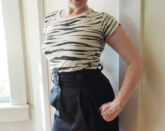 Vintage 1980s Black High Waist  Pencil Skirt  Wiggle Skirt