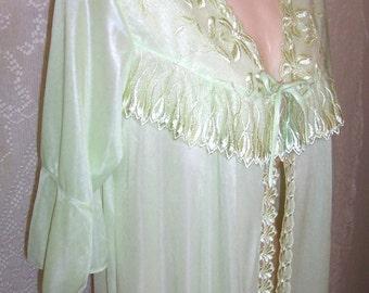 Size Medium -  Peignoir - Robe - by Sindrella - Vintage - Mint Green - 3/4 Sleeve