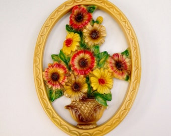Flower Bouquet Chalkware - Plaster Daisies, Yellow Red Brown, Oval Wall Hanging, Chalkware Plaque, Summer Flowers, 1950s Kitchen Cottage